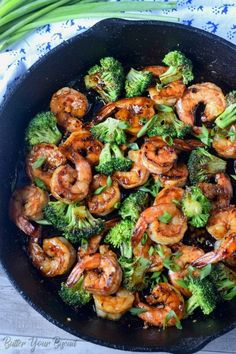 Shrimp and asparagus Honey garlic butter shrimp is a gourmet meal with no effort. Perfect for those busy weeknights or elegant enough for company. Shrimp Recipes Easy, Seafood Recipes, Gourmet Recipes, Cooking Recipes, Healthy Recipes, Gourmet Meals, Honey Recipes, Meat Recipes, Healthy Meals