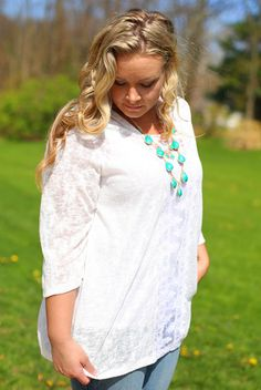 Everyday Lace Top in White - Curvy