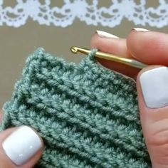 Best 12 How to knit Tunisian Crochet Stitch video tutorial – SkillOfKing. Crochet Round, Free Crochet, Knit Crochet, Half Double Crochet, Single Crochet, Crochet Baby, Crochet Stitches Patterns, Stitch Patterns, Knitting Patterns