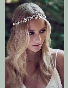 acessório-para-cabelo-da-noiva-cabelo-preso-headband-bridal-cristal swarovski                                                                                                                                                                                 Mais