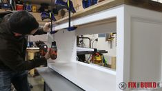 You can build this DIY Entryway Bench with Shoe Storage and organize your house. Detailed plans and a full video walkthrough are available for this project. Woodworking Kit For Kids, Youtube Woodworking, Router Woodworking, Shoe Storage Bench Entryway, Diy Bench, Shoe Bench, Diy Shoe Rack, Pallet Furniture, Desk