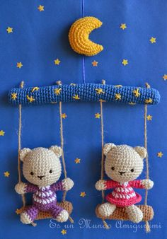 Cute bear mobile by Sandra Droppelmann - Es un mundo Amigurumi - Pattern for sale in Spanish