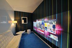 Este conceito junta seis grandes telas LCD em uma parede que funciona como um grande painel de controle para a sua casa.