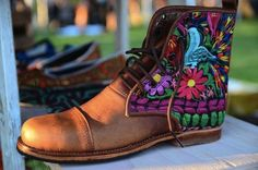 @Teysha Custom Guate Boot at the #CommonGoodExchange