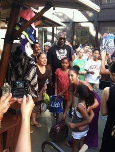 Kobe Bryant Kids, Kobe Bryant Daughters, Kobe Bryant Family, Cooks Air Fryer, Vanessa Bryant, Wwe Female Wrestlers, Wwe Womens, Black Mamba, Family Memories