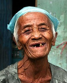 Old woman of Nam Hoi