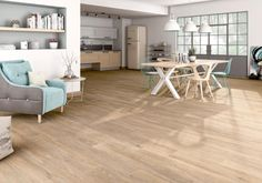 Ceramic tiles looking like genuine wooden flooring. They come in all shapes and colours ! Marble Look Tile, Wood Look Tile, Wooden Flooring, Hardwood Floors, Atrium, Dining Bench, Tile Floor, Interior Decorating, Sweet Home