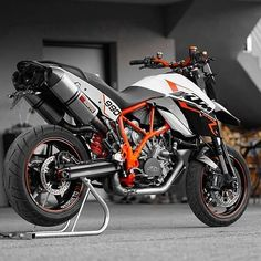 Tag Your Friends Whom You Think Are crazy About Cars/Bikes Source : ktmfansclub. Motorcycles, Bike, Cars, Friends, Vehicles, Bicycle, Amigos, Autos, Bicycles