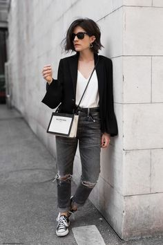 converse sneakers, grey distressed jeans, white top, black blazer