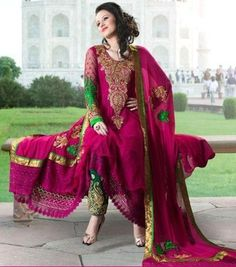 Brides Galleria is one of the most famous and well known brand in Pakistan who has been established in 2010 and has been founded in India.
