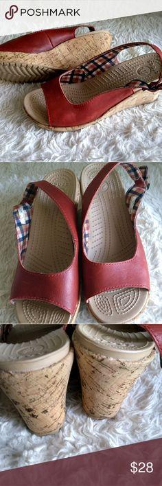 0024f3b446b4 Crocs wedge scandals nwot sz9w Adorable red Crocs cork wedge heel  lightweight size 9 wide new