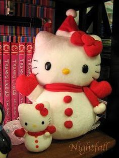 Jumbo & mini Hello Kitty snowmen