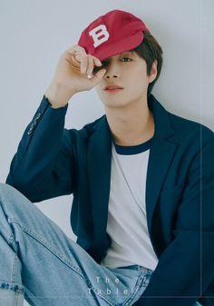 Nu'est Official photo Freenoon ver 'The Table' JR Nu'est Jr, Mini Albums, Nu Est, Fans Cafe, Pledis Entertainment, Jonghyun, Teaser, Boy Groups, Bands