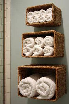 20 Really Inspiring DIY Towel Storage Ideas For Every Small Bathroom - Bathroom storage - Bathroom Towel Creative Storage, Diy Storage, Storage Baskets, Storage Ideas, Shelf Ideas, Linen Storage, Wall Ideas, Storage Boxes, Hanging Storage