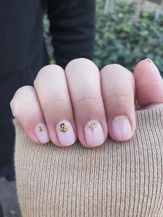 short cute nails with LV stickers Louis Vuitton Nails, Men Hair Color, Fire Nails, Short Nails, Nail Art, Stud Earrings, Stickers, Beauty, Nail Manicure