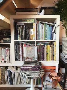 Real living - Emily Henson's bookshelves on LifeUnstyled.com