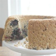 Vandaag maken en dan het hele weekend genieten van de heerlijke havermoutbrood met blauwe bessen. Het is eigenlijk meer een cake dan een brood. Het smaakt heerlijk