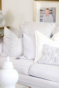 How to Decorate using White with Kids and Pets - Randi Garrett Design washable throw pillows - gray and white pillows Diy Throw Pillows, Colorful Throw Pillows, Grey Pillows, White Cushions, Couch Pillows, Decor Pillows, Designer Throw Pillows, Light Gray Couch, White Sectional