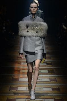 Lanvin Fall 2014 RTW - Runway Photos - Fashion Week - Runway, Fashion Shows and Collections - Vogue
