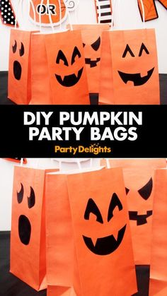 Find out how to make these cute pumpkin party bags with our easy Halloween DIY tutorial. Perfect for kids' Halloween parties and trick or treat. These DIY party bags are a fun Halloween craft to do with the kids! Source by primarythemeprk diy Diy Halloween Party, Halloween Taschen, Dulceros Halloween, Bonbon Halloween, Halloween Snacks, Halloween Candy Bags, Adornos Halloween, Halloween Goodies, Halloween Disfraces