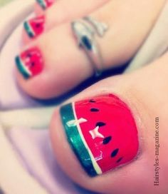 water melons toe art  Some great toe nails art design ideas