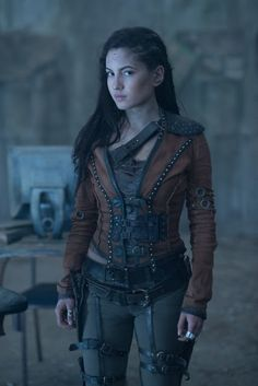 "Female Spy (NAME UNKNOWN AS YET) - Actual info is: ""Ivana Baquero as Eretria from the Shannara Chronicles on MTV. It's not a cosplay. It's a stock photo from the series. Moda Steampunk, Style Steampunk, Steampunk Clothing, Steampunk Fashion Women, Gothic Fashion, Steampunk Hair, Steampunk Outfits, Steampunk Necklace, Gothic Steampunk"