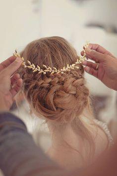Tiara, Hochzeitssuite Stirnband, Blattgold-Überträger, Hochzeit Kopfbedeckungen, Haarschmuck Hochzeit von Ayajewellery auf Etsy https://www.etsy.com/de/listing/190018839/tiara-hochzeitssuite-stirnband-blattgold