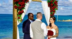 16 Canadian couples begin their Happily Ever After in The Bahamas.
