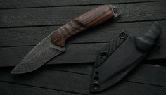 Torbé Custom Knives