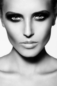 1000+ images about MakeUp Course - Black & White on ... Raccoon Eyes Makeup