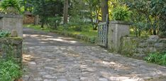 driveway design photos   his creates interest upon entry and breaks up the asphalt or stone ...