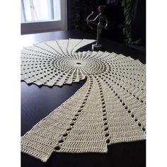 20 incredible DIY crochet tablecloth ideas to make the whole .- 20 unglaubliche DIY häkeln Tischdecke Ideen, um die gesamte Wohnatmosphäre zu erfrischen 20 incredible DIY crochet tablecloth ideas to refresh the whole living atmosphere, # crochet - Crochet Diy, Thread Crochet, Filet Crochet, Crochet Motif, Crochet Crafts, Crochet Doilies, Crochet Stitches, Crochet Projects, Crochet Table Runner Pattern