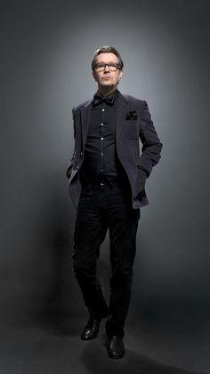 Gary Oldman Photographed by Douglas Kirkland for 2011 Academy Award Nominee on… Gary Oldman, Beautiful Men, Beautiful People, Pretty People, Cinema, Mtv Movie Awards, The Dark Knight Rises, Hollywood, Shooting Photo