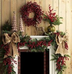 awesome 42 Cool Rustic Fireplace Christmas Decoration Ideas  https://about-ruth.com/2017/11/27/42-cool-rustic-fireplace-christmas-decoration-ideas/