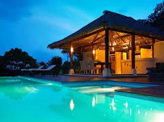 Dan's Koyao retreat is set on a hill, overlooking a large and luxurious garden with an unrestricted view over Phang Na Bay. Island Holidays, Thailand, Around The Worlds, Boutique Hotels, Vacation, Mansions, House Styles, Pools, Yards