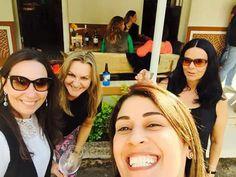 Eu com elas... Valesca, Emília,  Luciana!  Amigas de Vila Velha - Bar da Maricéia - Aracê - Pedra Azul - ES
