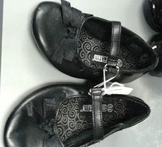 Girl Toddler Flats & Sandals 3-5 1/2 $5