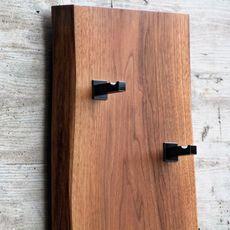 Garderoben Bottle Opener, Door Handles, Wood, Home Decor, Art, Setting Goals, Modern Furniture Design, Homes, Coat Storage