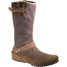 Born to kick it through leaf piles and the wet and cold season, our Haven Autumn waterproof boot makes performance, protection - and you - look good. Rich and classy uppers keep water out in high style. Comfy M-Select MOVE construction gives you natural flex and all-day support and cushioning. Featu