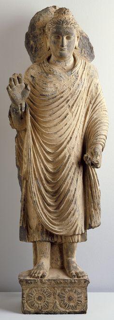 Buddha Shakyamuni Pakistan, Gandhara region, 1-2 century, Los Angeles County Museum of Art