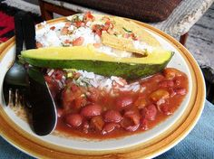 always looking for new rice and beans recipes. :)  this one is colombian.