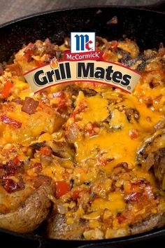 The new go-to cookout appetizer: Grilled and Loaded Smashed Potatoes. Grill pre-cooked potatoes in a cast-iron skillet until crispy, then load them up with bacon, onions, peppers, and lots of cheese. Potatoes Grill, Cookout Appetizers, Large Cast Iron Skillet, Yukon Gold Potatoes, Seasoning Mixes, Grilled Vegetables, Grilling Recipes, Paella