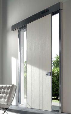 Puertas de seguridad Oikos. Puertas de entrada, puertas de exterior, puertas de diseño, puertas blindadas... Puerta modelo Vela, puerta corredera