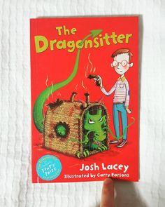 8/100📖📚 가볍게 #휙휙 읽기에 넘 좋은 #책 . 내용도 #재미 있다. #통제불능 #드래곤 을 길들이는 방법은? the #dragon sitter #thedragonsitter #joshlacey 렉사일 #lexile 640 #ar 4.3 Dragon, Illustration, Books, Libros, Book, Illustrations, Book Illustrations, Libri