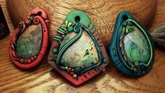 Stone or Glass Cabochon Pendant | ClayLessons.com