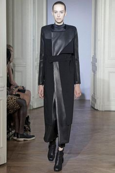 MODEL AGATA  WEARING RAD HOURANI  UNISEX HAUTE COUTURE  PARIS