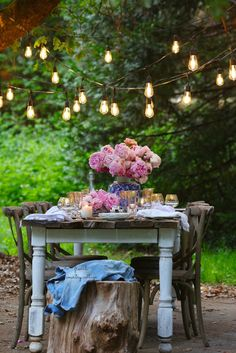 Blue, Blush & Gold summer table & 10 styling tips - French Country Cottage - The perfect evening for a summer table: Blue, Blush & Gold summer tablescape and 10 styling tips to - French Country Cottage, French Country Style, Cottage Chic, French Decor, French Country Decorating, Grange Restaurant, Outdoor Dining, Outdoor Decor, Blush And Gold