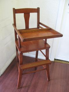 $50 VINTAGE Timber HIGH CHAIR Childrens Feeding SEAT 35x33x92cm Text 0411691171 or email info@bitspencer.com