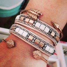 super cute -bo/ho- stacked bracelets¡ ❁❂☮| pinterest ~ emmaanunnally | tumblr ~ preppysincebirth |