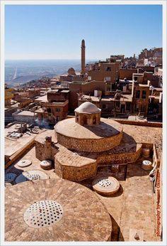 Mardin TÜRKEY Some Beautiful Pictures, Beautiful Places, Places To Travel, Places To See, Places Around The World, Around The Worlds, Ancient City, Islamic World, Islamic Art